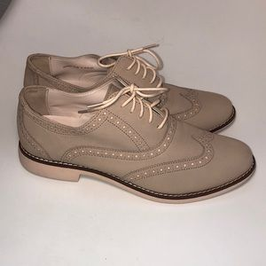 Women's.Cole Haan Tan Oxford shoes 6.5